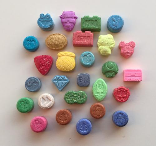 https://ketaminenearme.net/product/ecstasy-pills-for-sale/